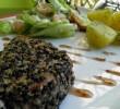 Filete de Atún Empanado con Semillas de Sésamo en Salsa de Fresa
