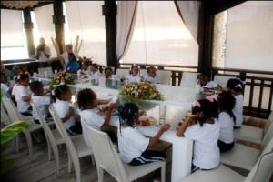 Niños del Hogar Escuela Andrés Boca Chica