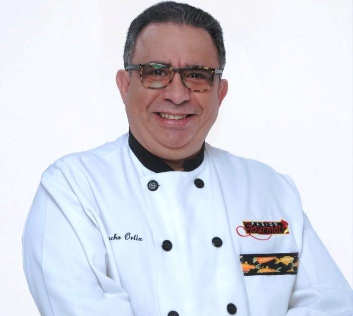 Chef Juancho Ortiz prepara maletas para Puerto Vallarta