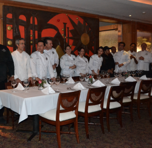 Presentacion de chefs participantes