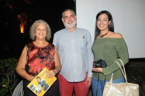 Foto 8- Maritza Álvarez, Jimmy Hungría y Anabelle Pérez